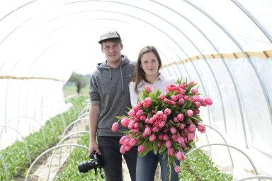 Jeden den s majiteli farmy LoukyKvět: Bývalý IT expert pěstuje s přítelkyní zapomenuté květiny. Floristické časopisy nás nesnášejí, říkají