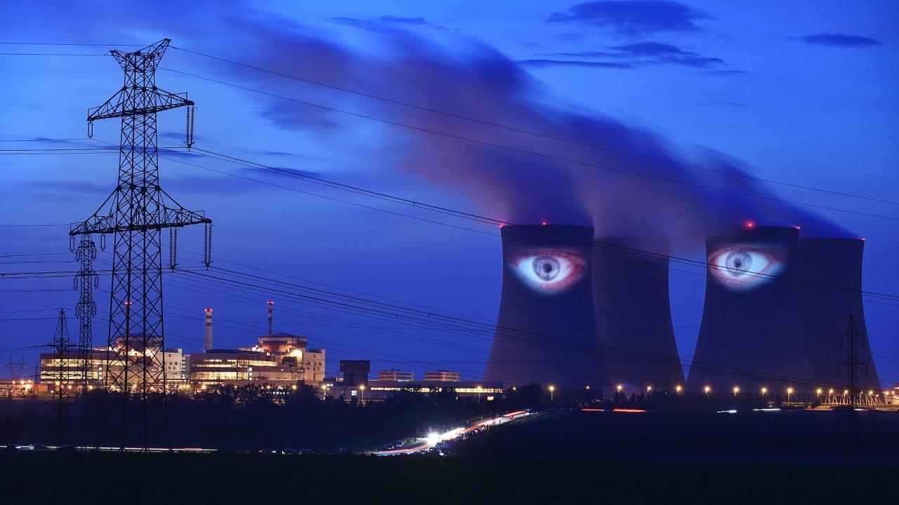 Video performance Milana Caise Velký noční hlídač se konala 6. června na chladicích věžích Jaderné elektrárny Temelín v rámci festivalu Umění ve městě.
