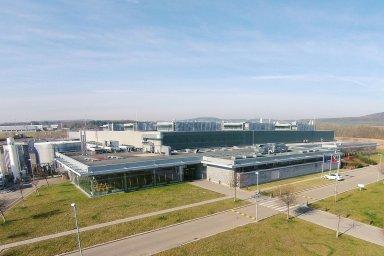 Závod Valeo v Žebráku, kde se budou vyrábět chladicí systémy pro baterie elektromobilů.