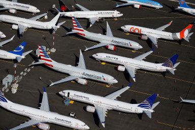 Boeing v pondělí oznámil, že ve snaze o snížení rizika nákazy koronavirem pozastaví výrobu ve svých závodech ve státě Washington.