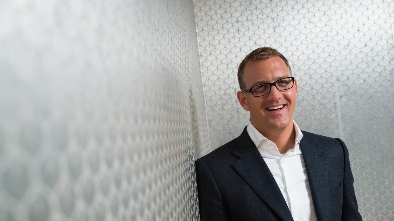 Daniel Křetínský (na snímku) vlastní většinu ve fondu Vesa Equity Investment, přes který s Patrikem Tkáčem nakupují akcie zahraničních firem.