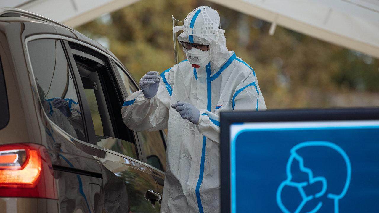 koronavirus covid odběr pandemie epidemie