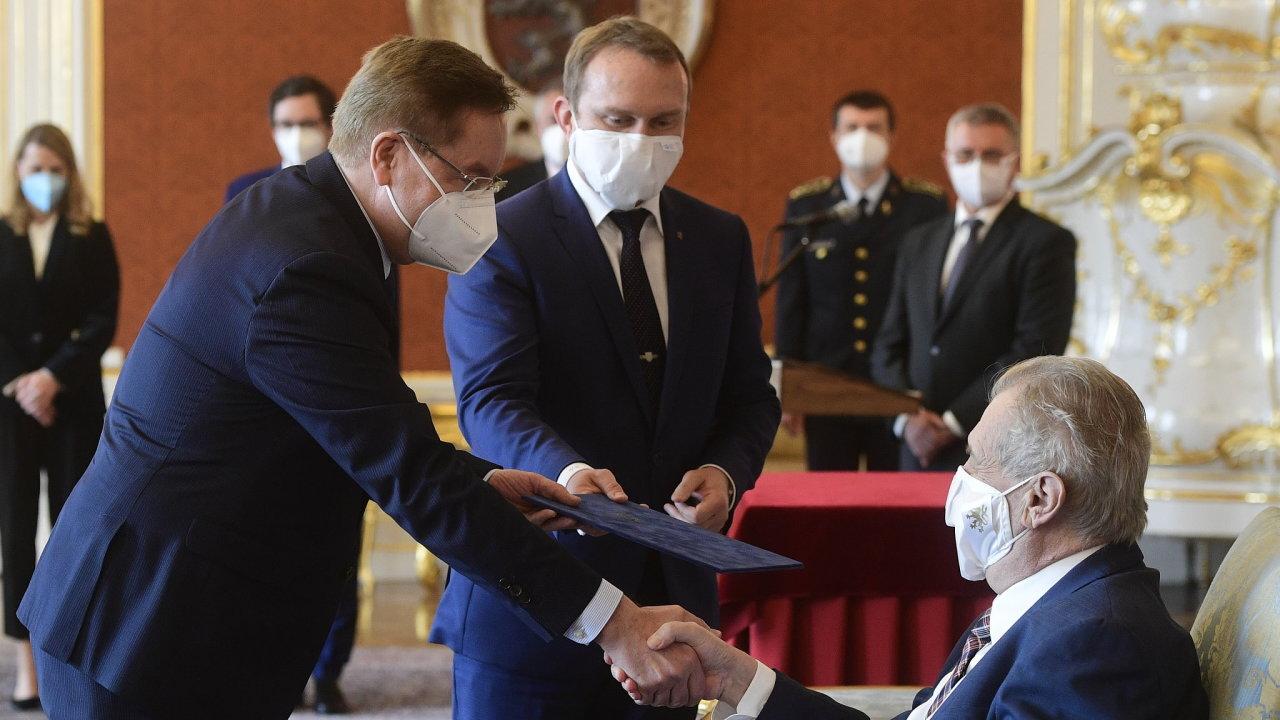 Prezident Miloš Zeman jmenoval novým ministrem zdravotnictví Petra Arenbergera.