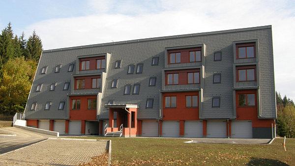 Ramzová v Jeseníkách. Společnost Bemett doprodává apartmány s 20procentní slevou.