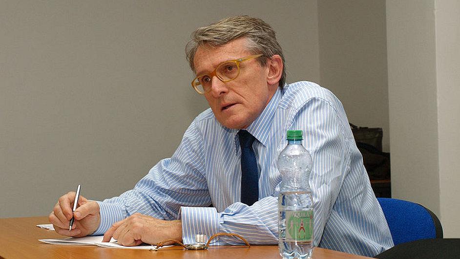 Petr Robejšek, politolog a ekonom