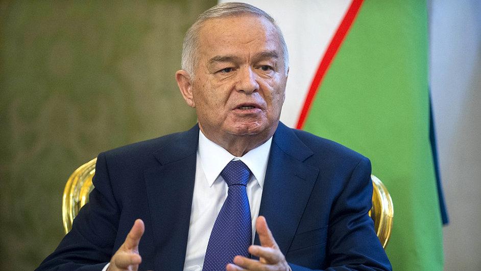 Prezident Karimov zatím nepřiletí.