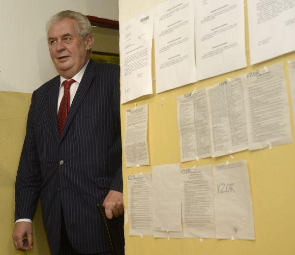 Prezident Miloš Zeman odevzdal 23. května v Praze svůj hlas ve volbách do Evropského parlamentu.