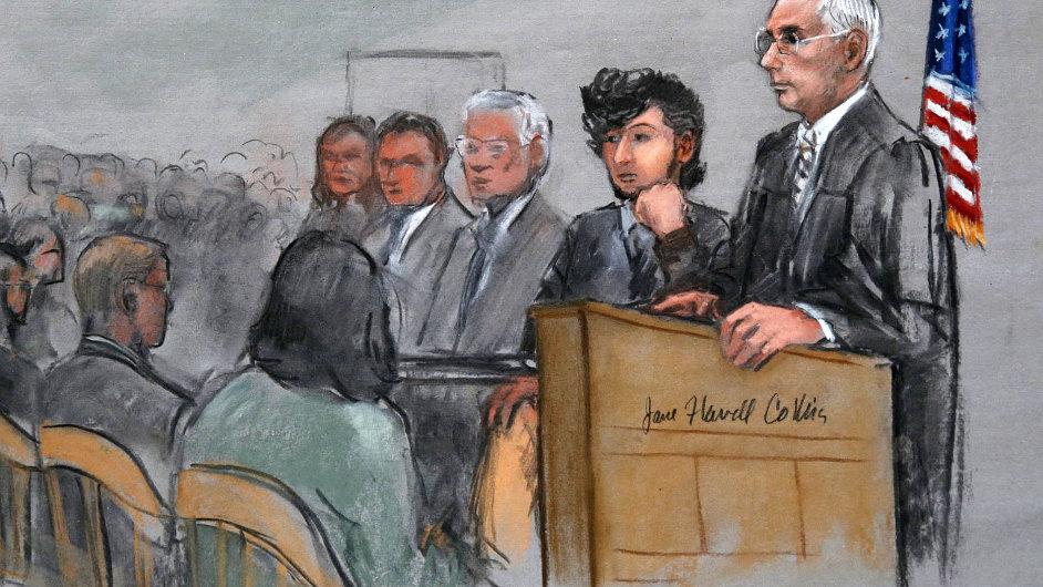 Začal soud s bostonským atentátníkem. Džocharu Carnajevovi hrozí trest smrti za bombový útok na bostonský maraton z dubna 2013.