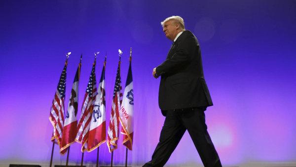 Vzhůru na Bílý dům? To sotva. Na zisk prezidentského úřadu Donald Trump nemá. Ale je dost známý na to, aby v souboji o republikánskou nominaci zastínil jiné kandidáty.