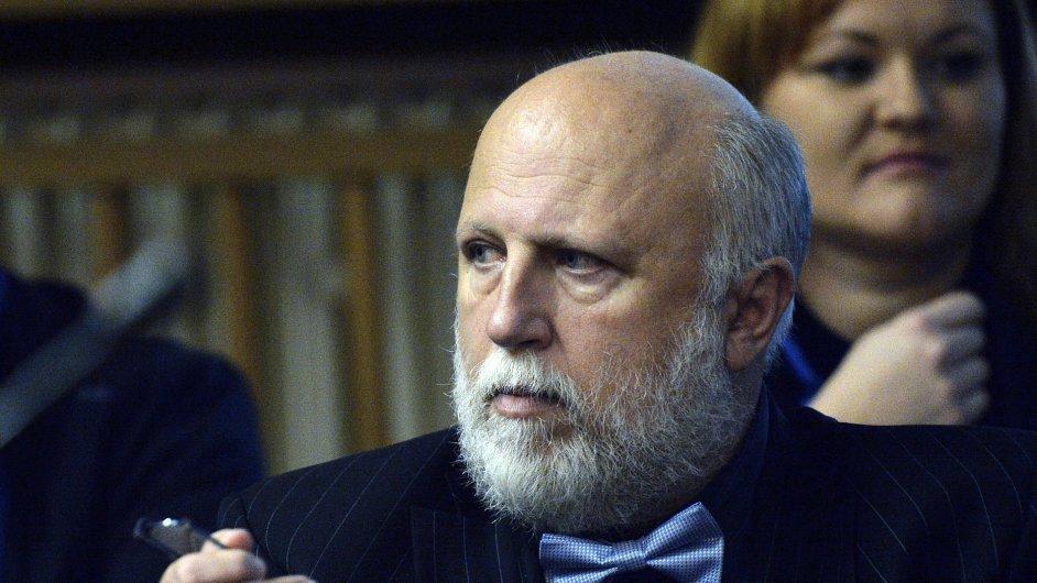 Peter Kmeť u soudu ke kauze Oleo Chemical