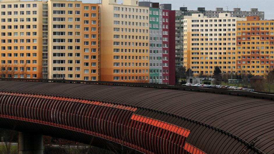 Nová zelená úsporám může přispět kesnížení energetické náročnosti panelových domů.