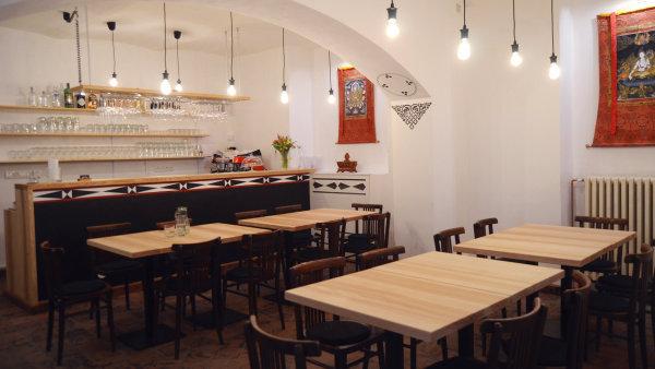 Tibetská restaurace AMA otevírá 1. března 2017.