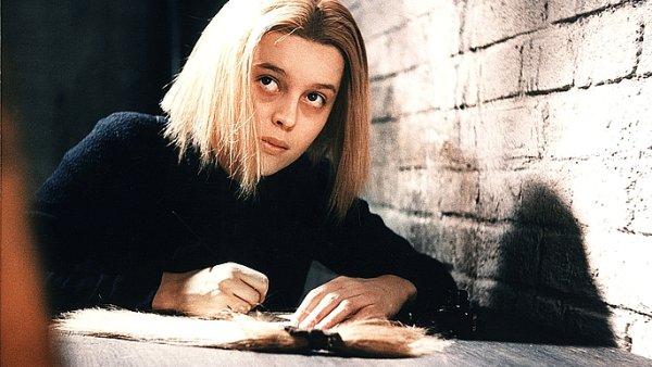 Magda Vášáryová ve filmu A pozdravuj vlaštovky.