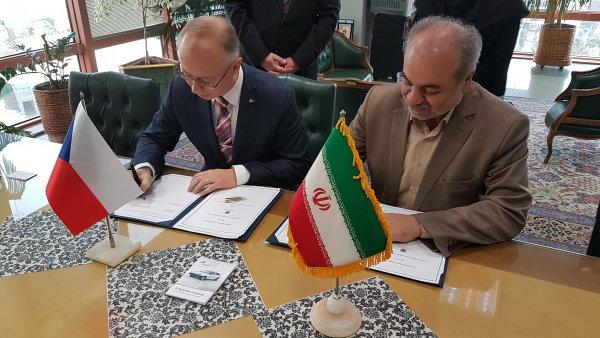 Dohodu podepsal v Teheránu místopředseda představenstva EGAP Marek Dlouhý.