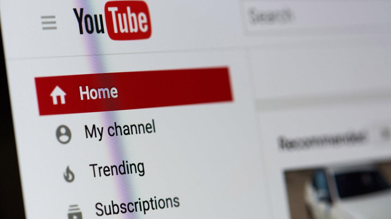 YouTube diváky zásobuje odkazy na