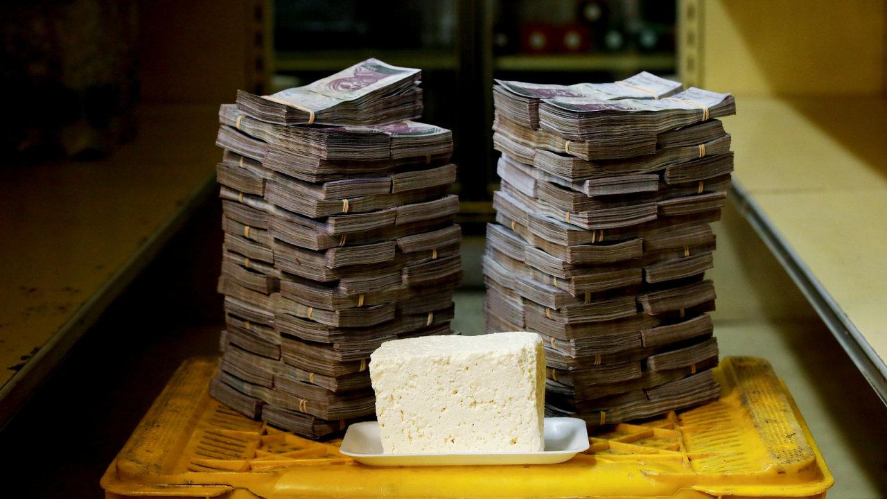 Venezuelská krize - kolik je potřeba peněz na nákup základních věcí