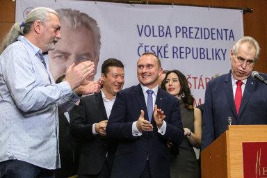 Rok 2018 očima fotografa Jakuba Plíhala: Chudé Česko, mizející nádražky i znovuzvolení Zemana prezidentem