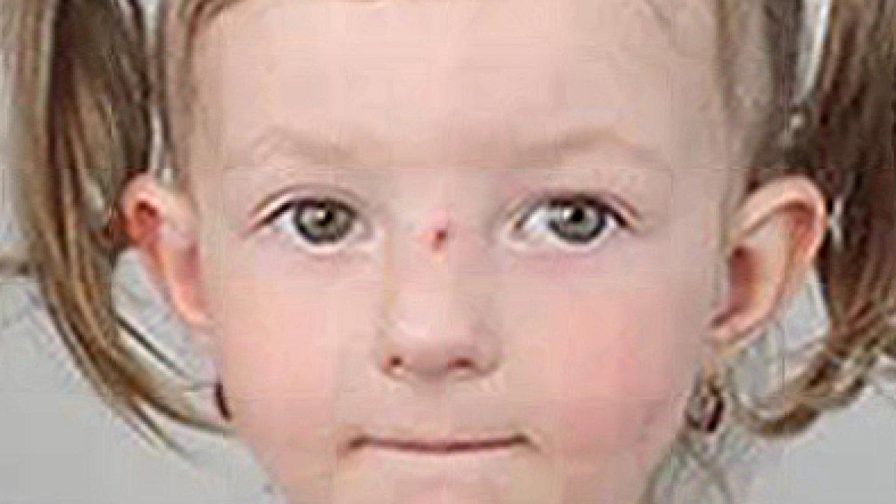 Policie pátrá po pětileté Sofii Mikyškové, dva muži ji vytrhli babičce z náruče v ulici Vlasty Průchové v Praze 10 a zřejmě ji vezou do Německa.