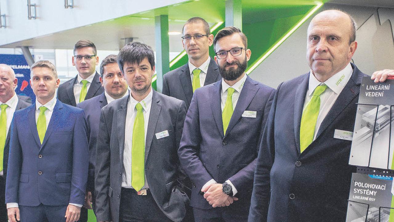 Ing.Petr Jašek, jednatel HIWIN s.r.o. (vpravo), včele týmu naMSV 2019.