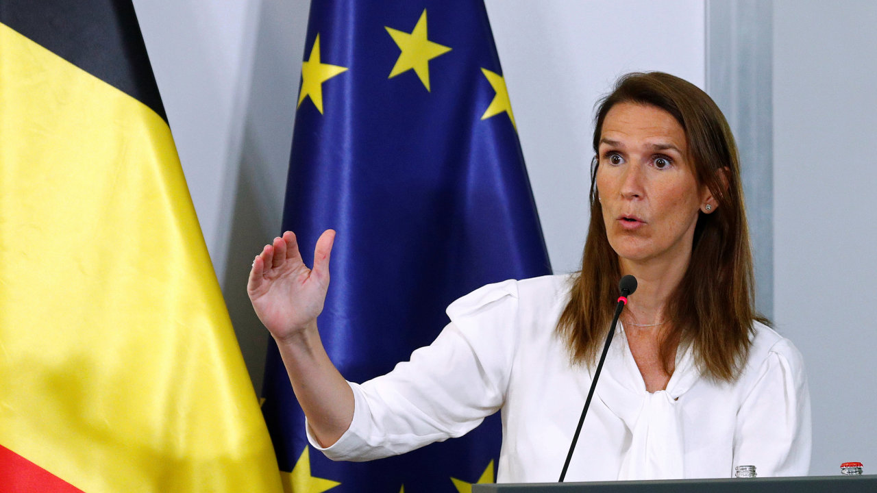 Padne další kabinet? Premiérka Wilmèsová má důvěru parlamentu jen do17.září. Několik politických stran už přitom uvedlo, že pro ni znovu hlasovat nebudou.