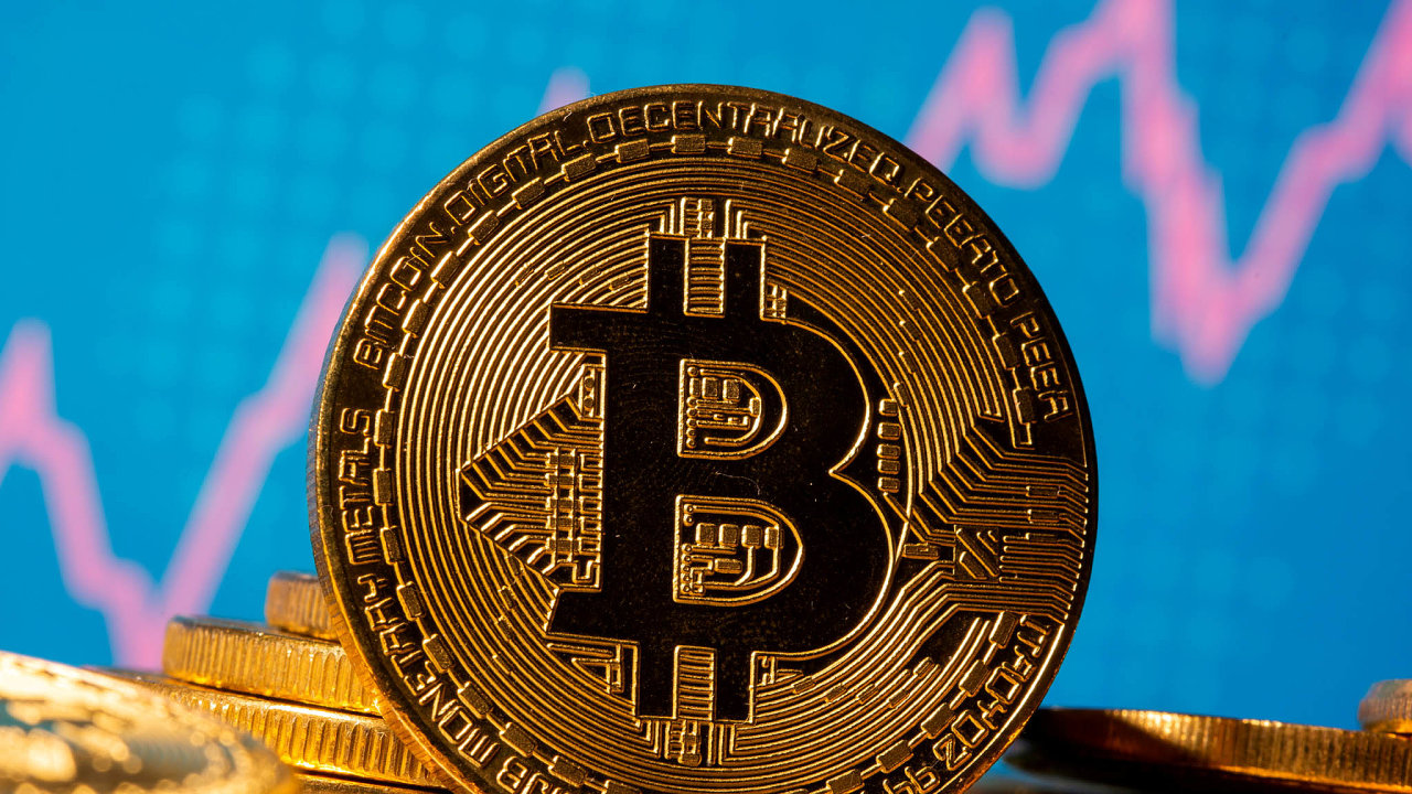 Bitcoin je největší digitální měnou. Jeho přijetí tradičními bankami ale naráží na regulaci a pravidla proti praní špinavých peněz.