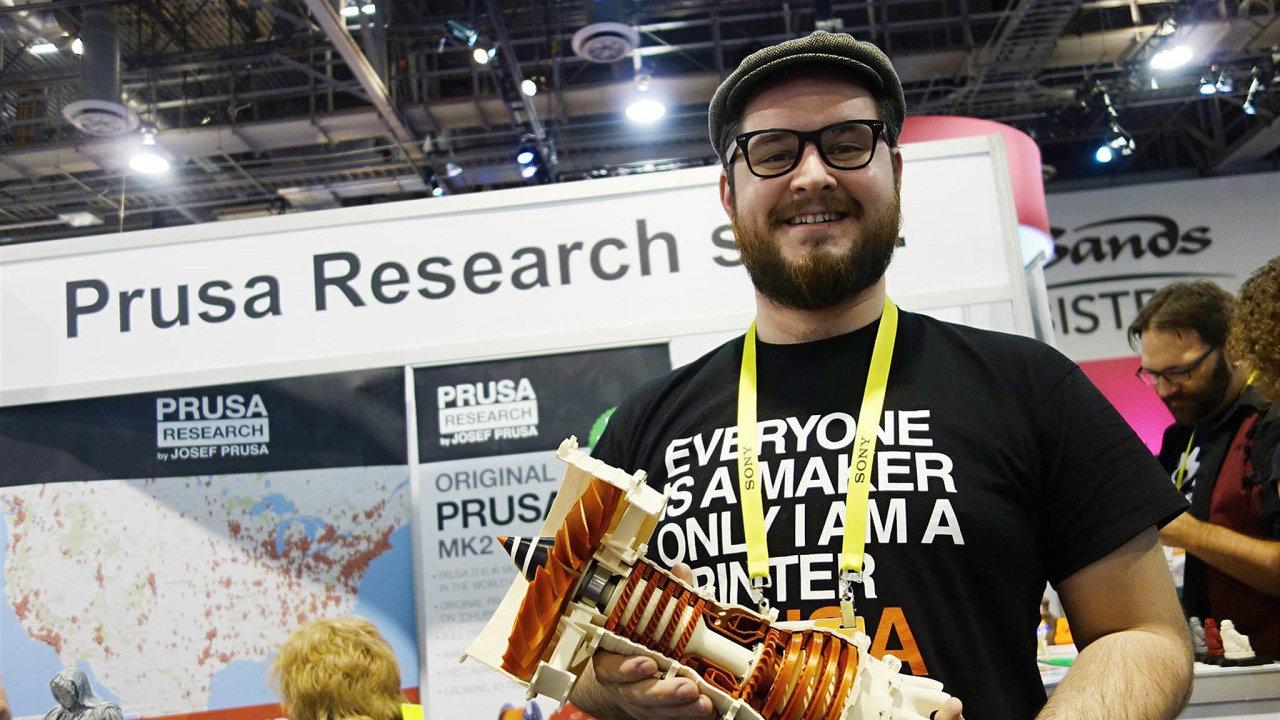 Josef Průša stál vroce 2012 uzaložení firmy Prusa Research. Ta má dnes tržby přes dvě miliardy korun.