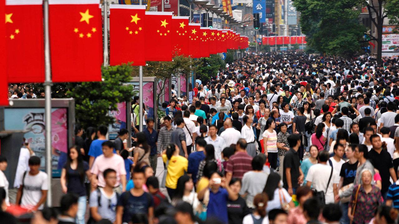 Čína, jak ji známe dnes. Budou ale její ulice stejně plné ivbudoucnu?