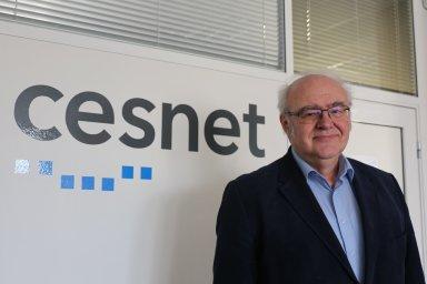 Česká věda v nás má oporu, pyšný jsem i na náš výzkum, říká otec tuzemského internetu Jan Gruntorád