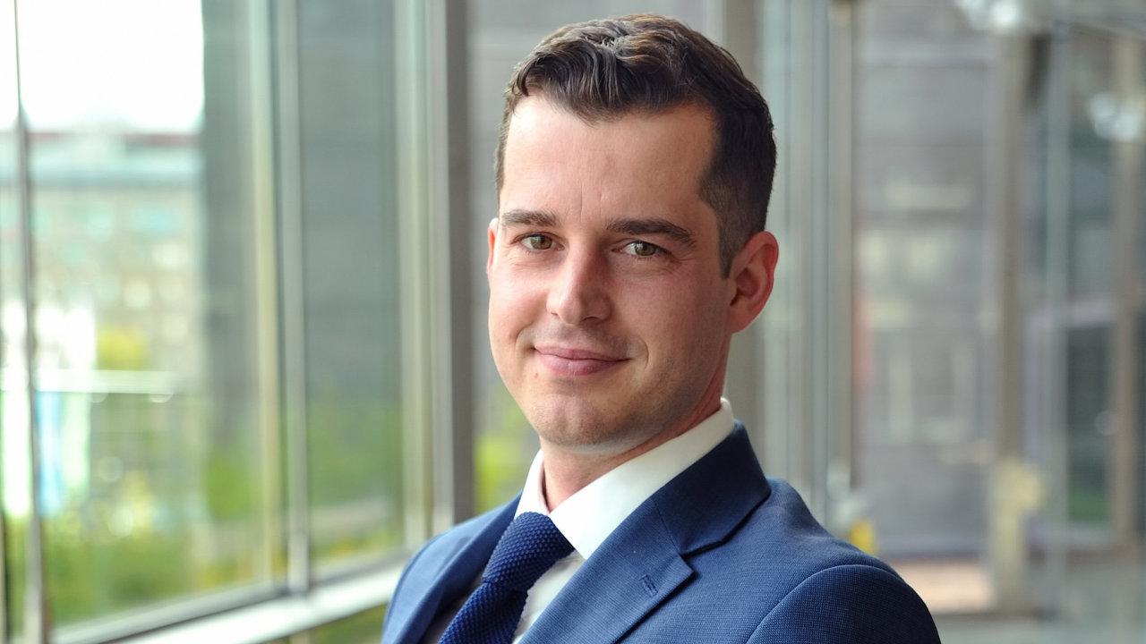 Hlavním manažerem pro správu aktiv a výstavbu Logicor v České republice, který bude pražskou pobočku řídit, je Pavel Rufert.
