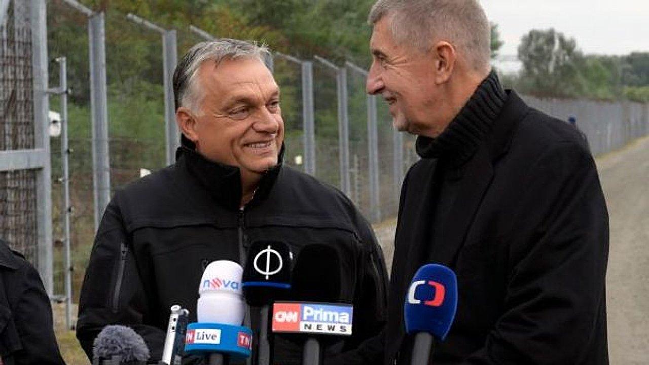 Maďarský premiér Orbán a Andrej Babiš nedaleko přechodu Röszke na maďarsko-srbské hranici.