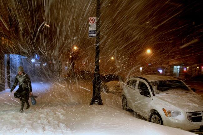 Sněhová kalamita zasáhla new york. zrušeny tisíce letů a sto