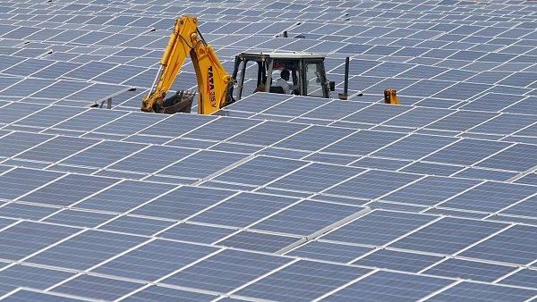 Solární elekrárna