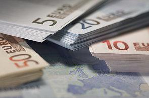 Euro jako bezpečný přístav po investory - Ilustrační foto.
