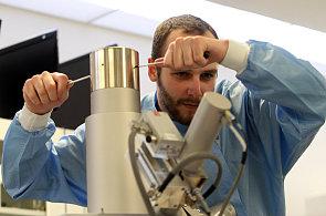 Výrobce mikroskopů Tescan