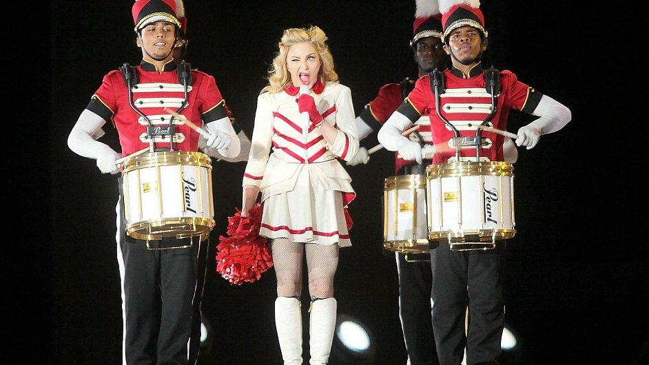 Madonnino nejvýdělečnější turné roku během vystoupení v Quebecu.