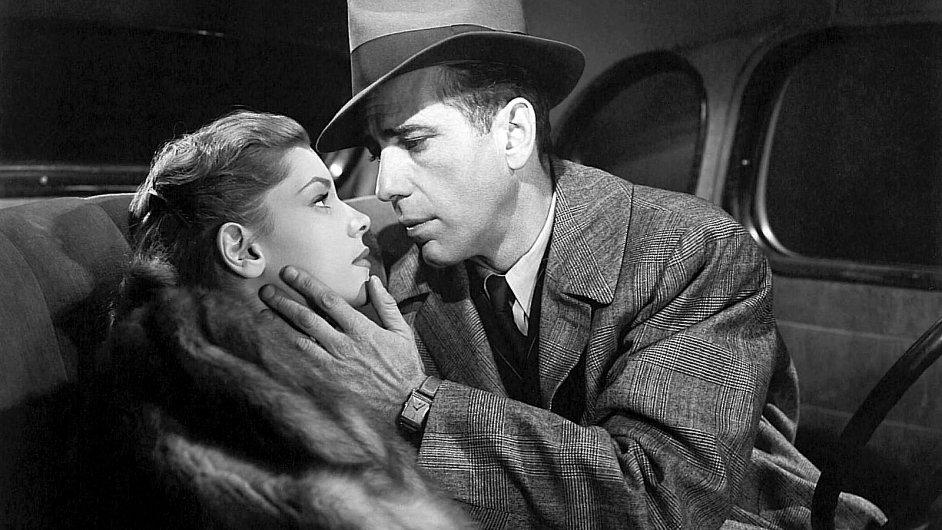 Humphrey Bogart ztvárnil Phila Marlowa v Hlubokém spánku z roku 1946