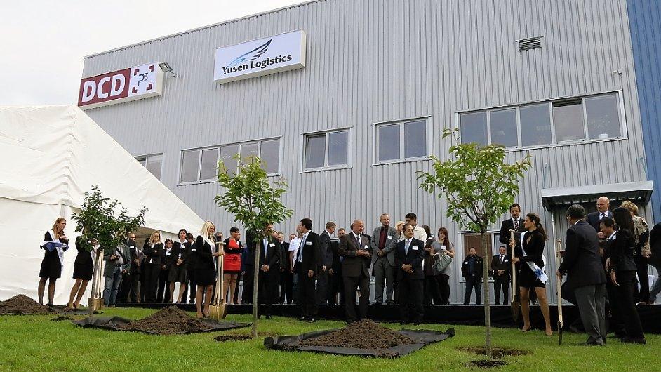 Yusen Logistics oficiálně otevřel nové logistické centrum na D1