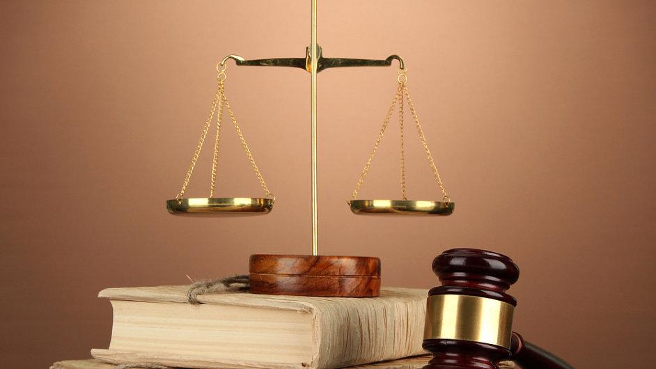 legislativa a zákony