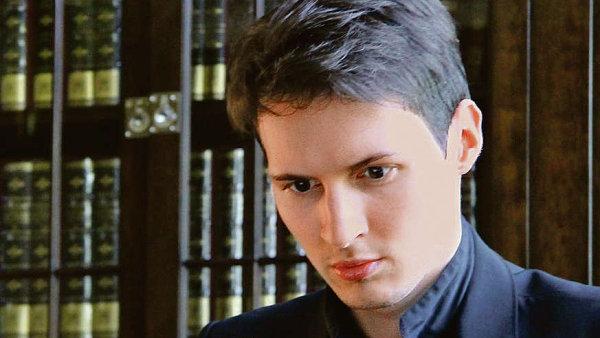 Programovat se Pavel Durov naučil na střední škole, kde na školní web umístil karikaturu neoblíbené - 087-07-durov-1