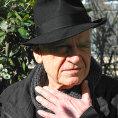 Milan Kundera na fotce vydan� nakladatelstv�m Gallimard v leto�n�m roce.