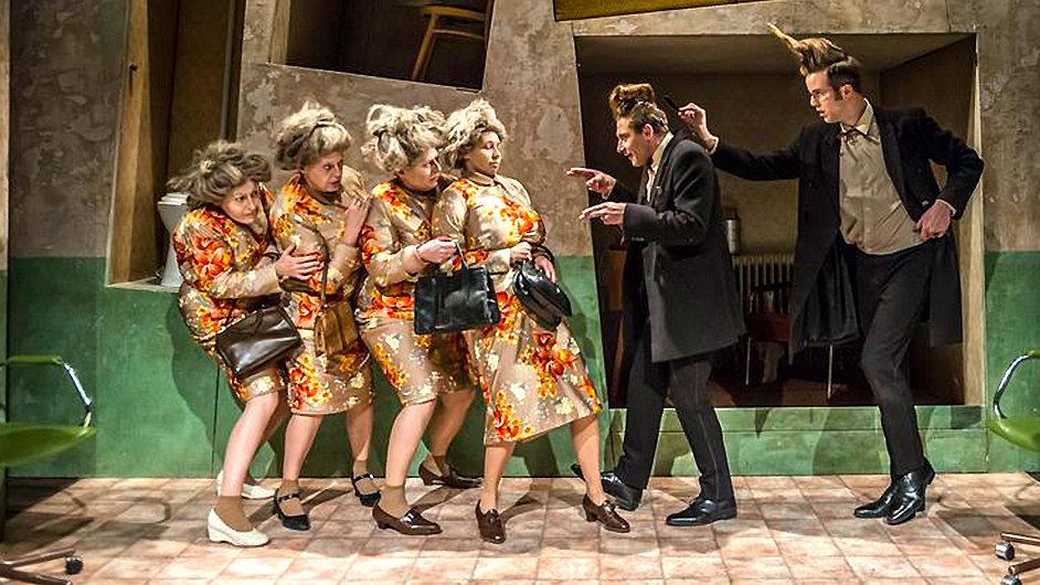Báby se budou v Divadle Na zábradlí hrát znovu 4. února.