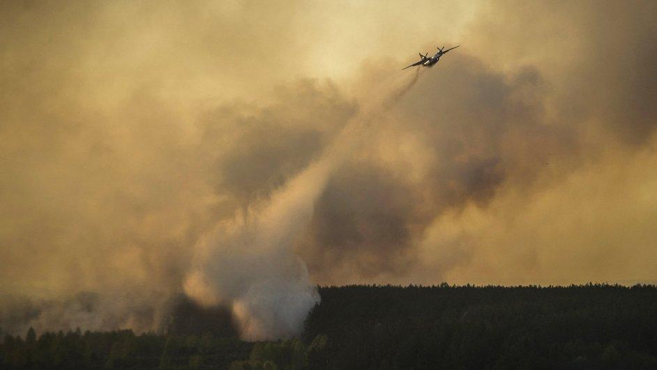 Požár v blízkosti Černobylu.