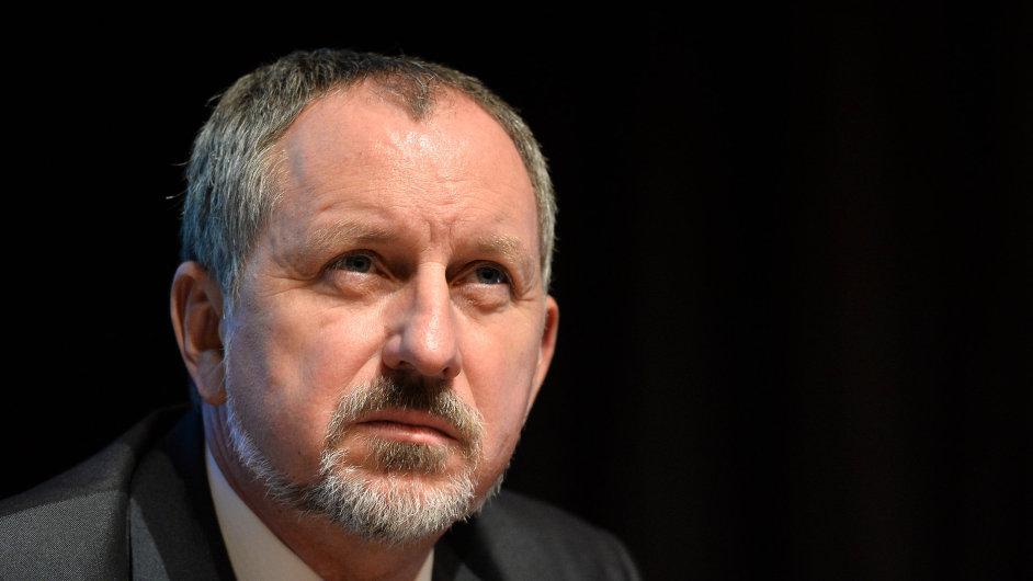 Ředitel největší zaměstnanecké Zdravotní pojišťovny ministerstva vnitra Jaromír Gajdáček z vlastního rozhodnutí končí ve funkci.