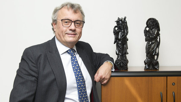 Vladimír Dlouhý.