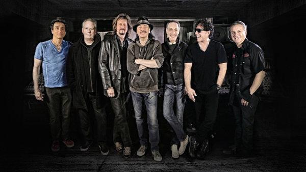 Na snímku zleva Benny Rietveld, Michael Shrieve, Gregg Rolie, Carlos Santana, Michael Carabello, Neal Schon a Karl Perrazo.