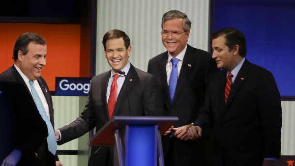 Republik�n�t� kandid�ti na americk�ho prezidenta. Zleva Chris Christie, Marco Rubio, Jeb Bush a Ted Cruz.