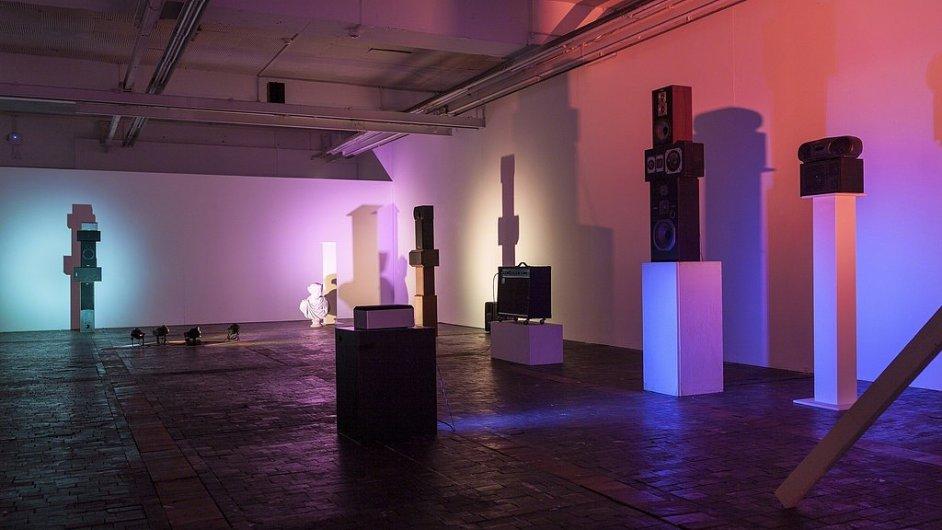 Na snímku je instalace projektu The Ship z Kunsthal Charlottenborg v dánské Kodani.