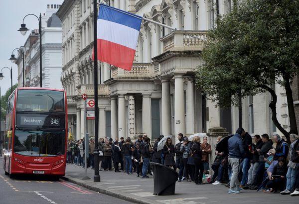 Francouzské volby, Londýn