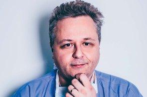 Neurochirurg Daniel Hořínek: Mozková tkáň nebolí. A když ji operujete, je to krásná práce!