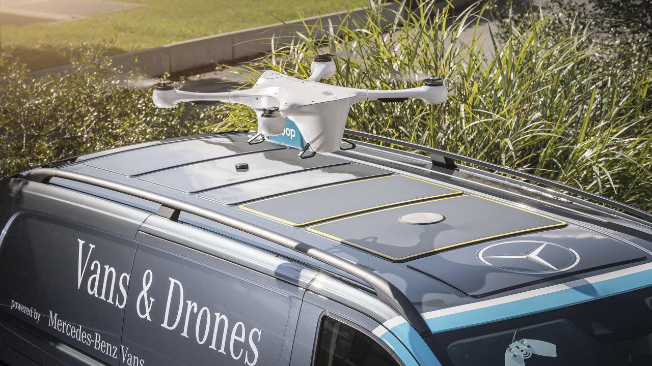 Koncept společnosti Mercedes-Benz Vans využívá dodávek jako mobilních přistávacích plošin.